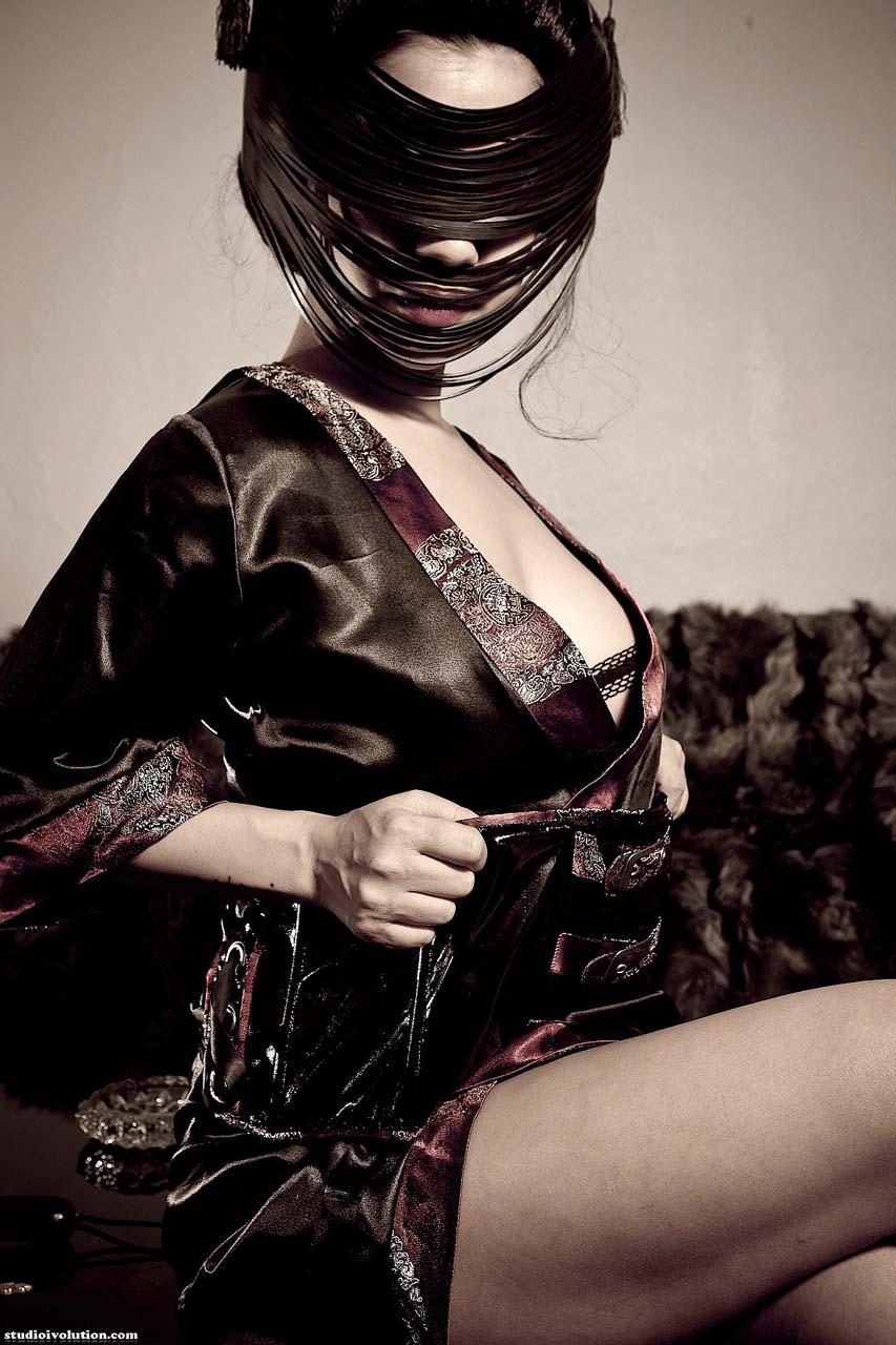 Mistress Kawa as a Fetish Geisha. Japanese, Lebanese BDSM and Shibari model at altporn4u. Photo by StudioIvolution.