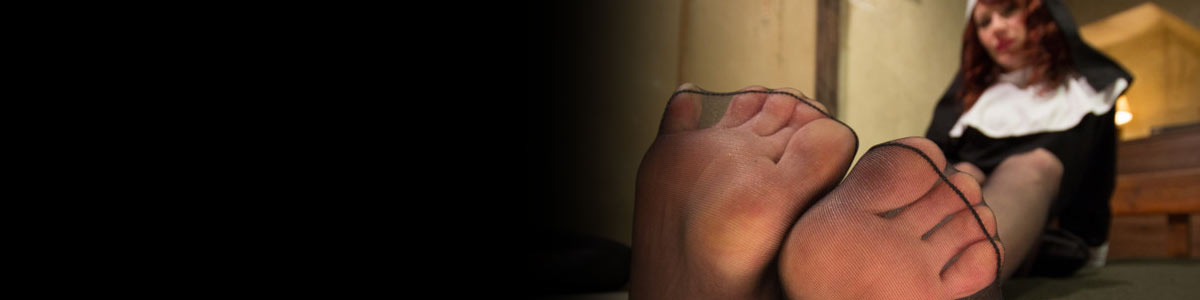 Foot Worship. Demystifying and celebrating Foot and Leg Fetish by providing the most authentic kinky videos.Enjoy Trampling, Foot Jobs, High Heels, And Pantyhose.