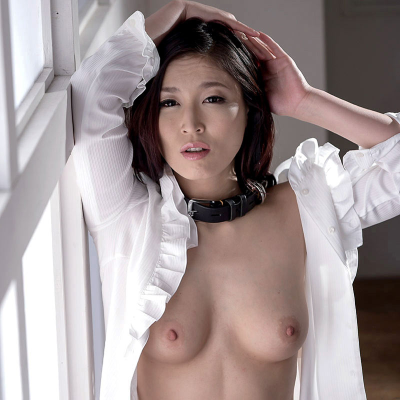 Seira Ichijo, nude Japanese AV Idol in an uncensored SM BDSM movie. She is a naked sex slave forced to anal sex and Bukkake in a video from Caribbeancom.