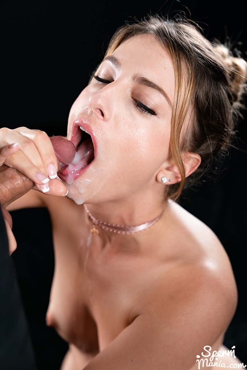 Cum in mouth and pussy