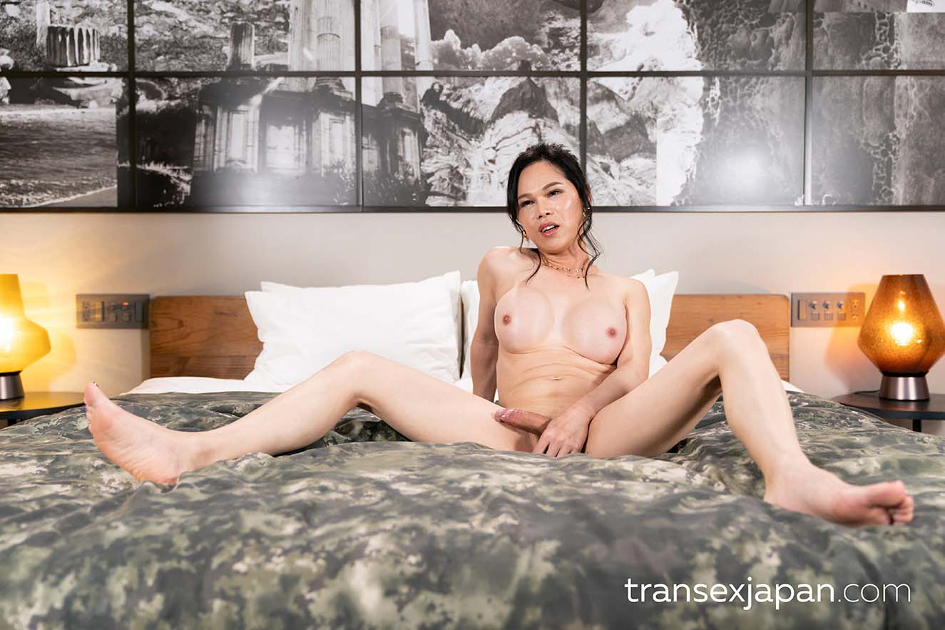 Chinese TransGirl Mimi and a nude Japanese Girl in an uncensored lesbian newhalf porn video.