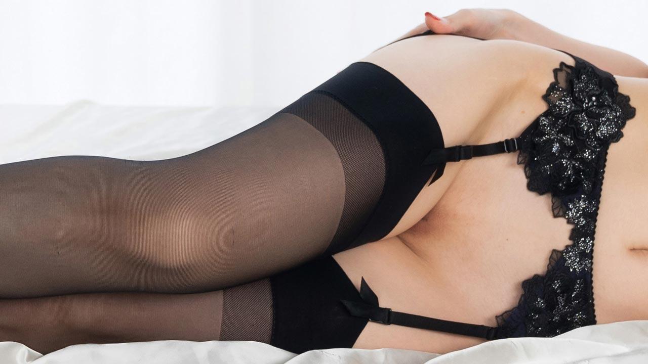 Mizuki Black Stockings Legs Fetish Sex. Japanese AV girl Mizuki is all nude except for some black lingerie and High Heels while fucking a boy.